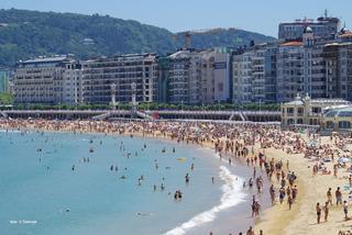 San Sebastian w Hiszpanii - plaże i pintxos.