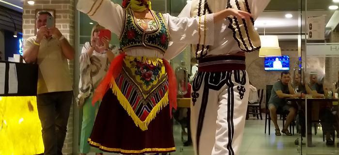 Ludowy taniec obrzędowy