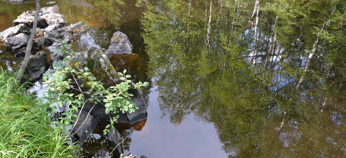 Wodospady nieopodal Ruskeali