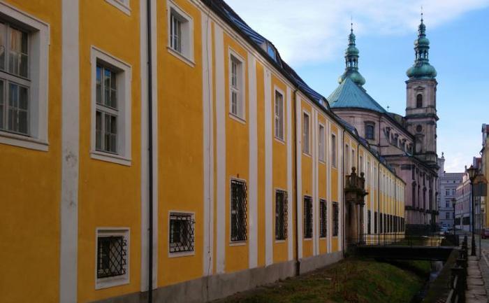 Muzeum Powiatowe i kościoł jezuitów to centrum działań przeciw czarownicom
