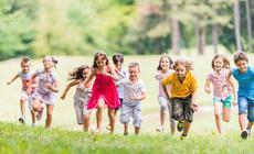 Dzieci w czasie wspólnych zabaw