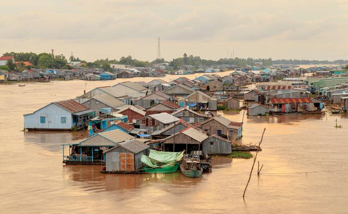 Wietnam - pływająca wioska w Delcie Mekongu