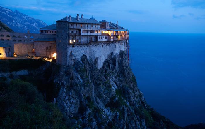 Grecja – Athos / shutterstock.com
