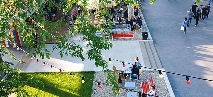 Widok z pubu na dachu – Design Terminalu, Budapeszt