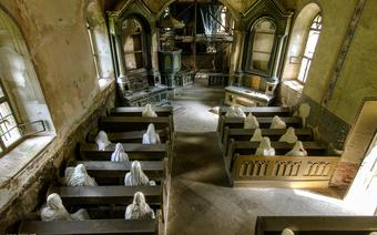Duchy w kościele w Lukovej