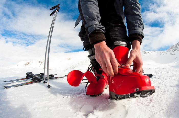 Sprzęt narciarski. Buty na narty