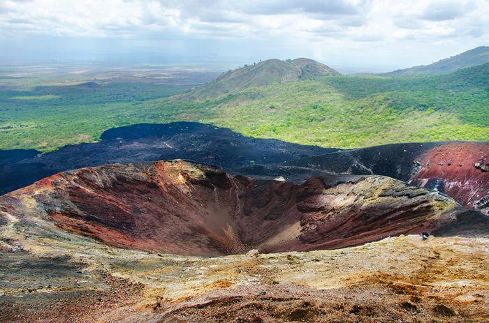 Volcano boarding - Nikaragua