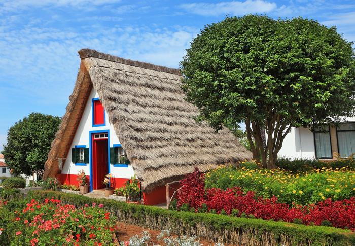 Tradycyjny dom w miejscowości Santana na Maderze