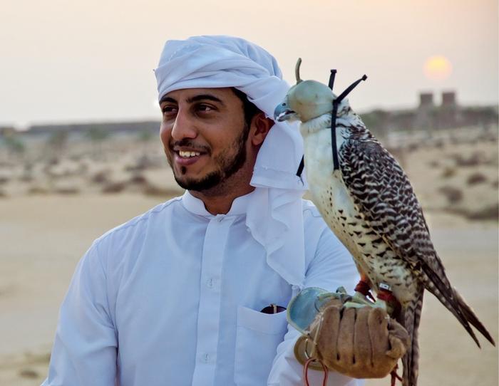 Tradycja polowania z sokołem sięga w Dubaju 2 tys. lat
