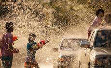 Bitwa wodna podczas festiwalu Songkran