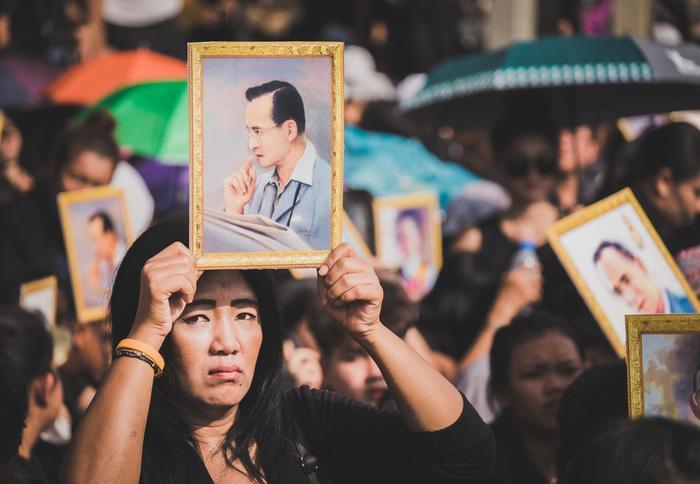 Żałoba Narodowa: Tajlandia W żałobie. Jak śmierć Króla Wpłynie Na Turystykę