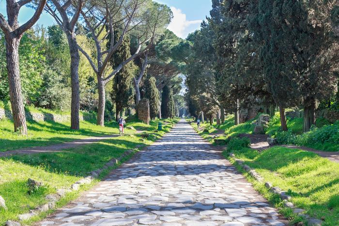 Ladami staro ytnego rzymu zaplanuj tras po wiecznym for Cioccari arredamenti via appia