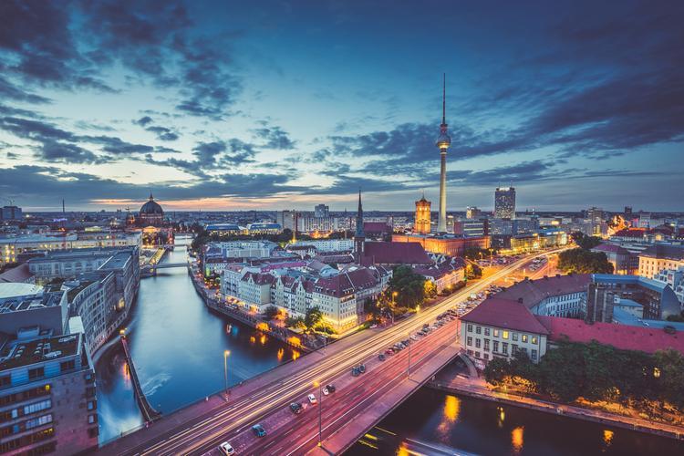 Prezent na walentynki dla niego: Berlin