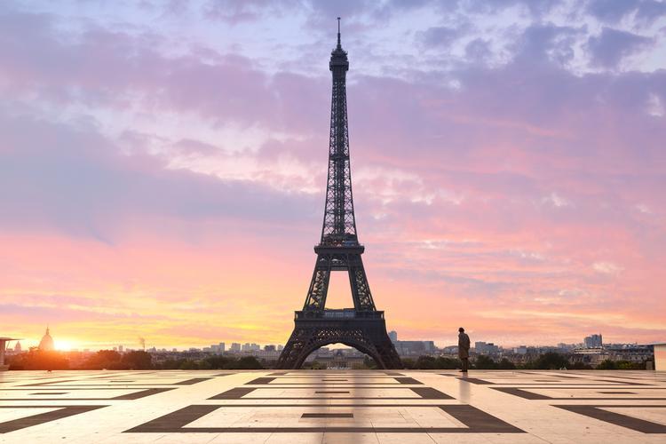 Prezent na walentynki dla niego: Paryż