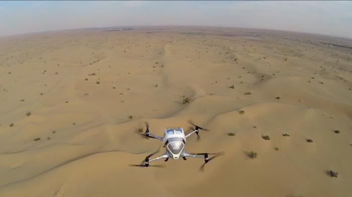 Dron Ehang 184 podczas testów w Dubaju