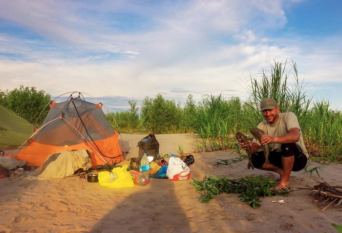 Dziś na kolację zupa rybna! Na Amazonce najlepiej łowi się maczetą