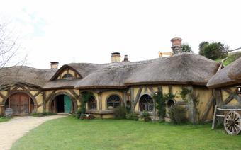 Wioska hobbitów w Nowej Zelandii