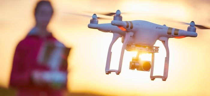 Filmowanie z drona nie jest takie trudne