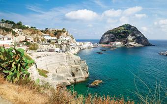 Ischia to największa spośród Wysp Wysp Flegrejskich
