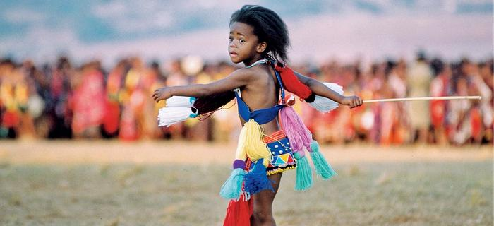 """""""Taniec trzcin"""": mała księżniczka próbuje swoich sił"""