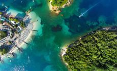 Wakacje w Albanii: Ksamil i wysepki z drona