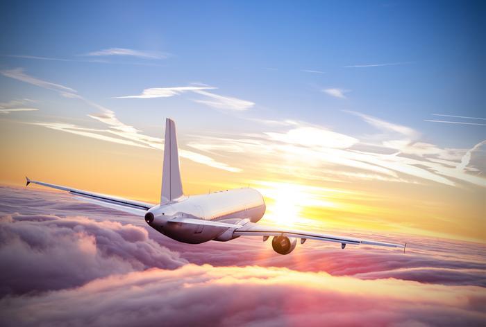 Wakacje to czas uruchamiania nowych połączeń lotniczych