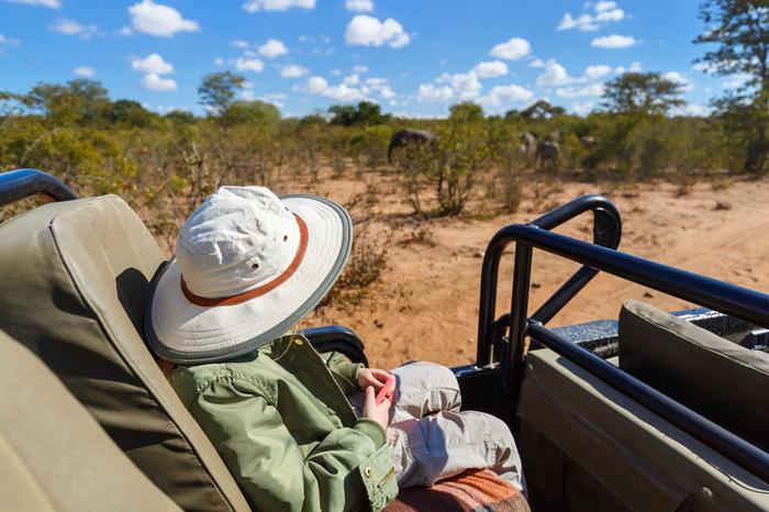 Na safari obowiązkowo trzeba zabrać nakrycie głowy