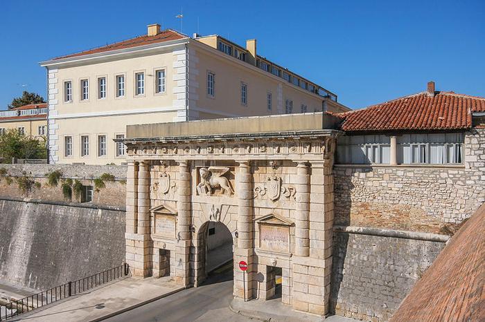 Brama miejska w Zadarze
