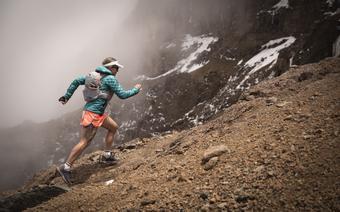 Fernanda Maciel w drodze na Kilimandżaro