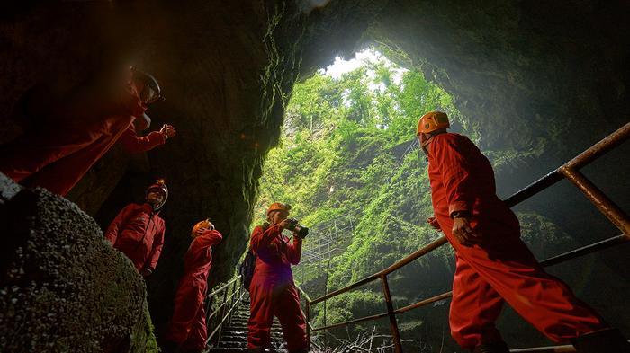 Jaskinie Słowenia
