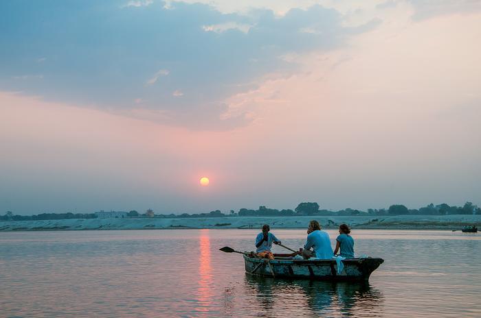 Rejs łodzią po Gangesie