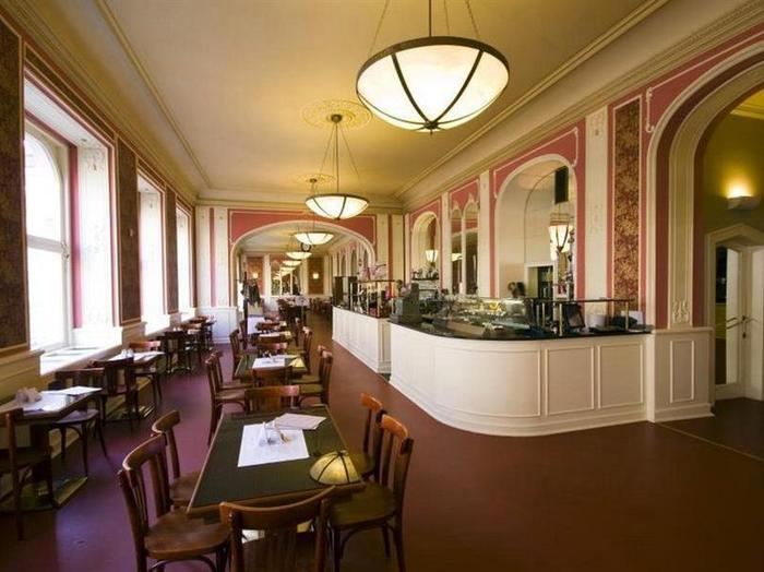 Cafe Louvre w Pradze