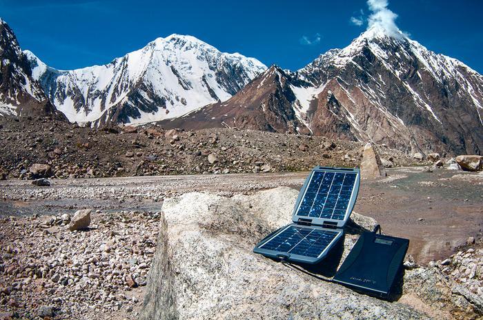 Panele słoneczne są coraz lżejsze i wydajniejsze