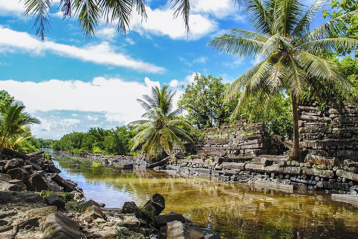 Miasto Nan Madol na wyspie Pohnpei