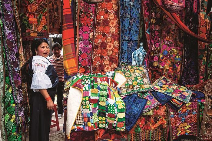 Targ w Otovalo, Ekwador