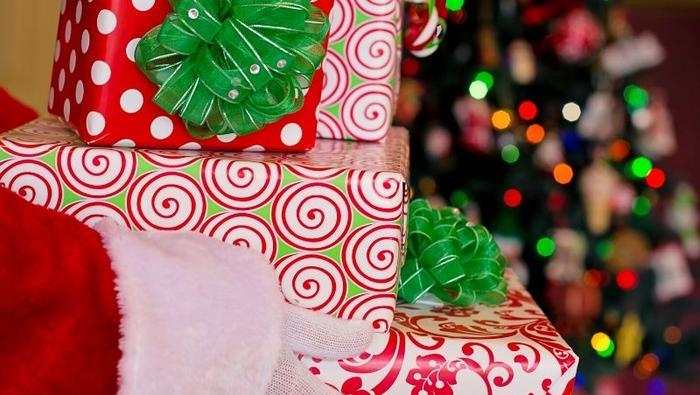 Kto przynosi prezenty?