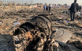 Miejsce katastrofy ukraińskiego samolotu w Iranie