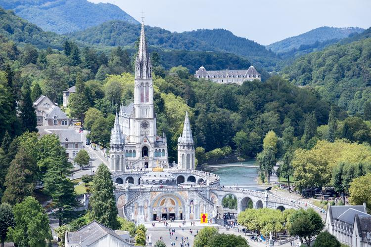 Sanktuarium w Lourdes