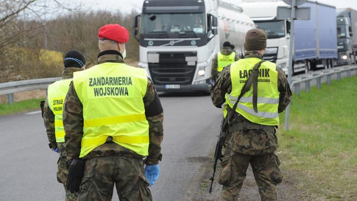 Koronawirus w Polsce. Kontrole na granicach