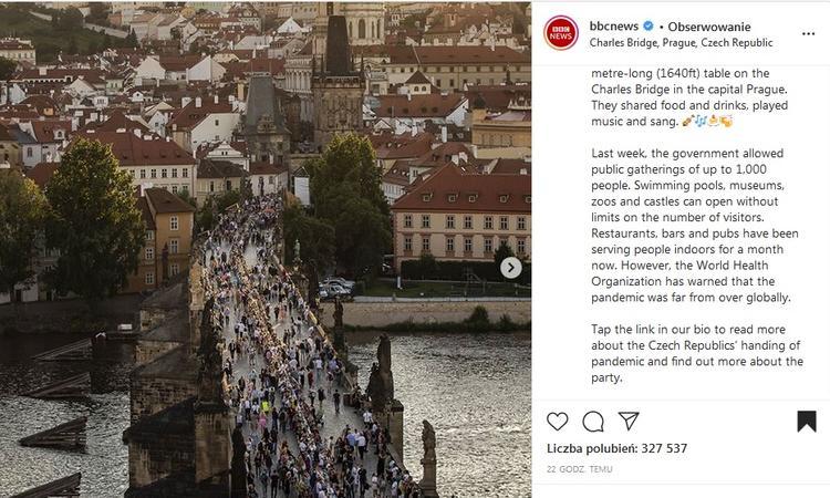 Czesi żegnają koronawirusa. Feta na Moście Karola z okazji końca pandemii