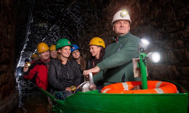 Wyjeżdżasz w góry? Odwiedzasz Wisłę, Kraków, Wrocław? Koniecznie zajrzyj też do Zabrza, do Kopalni Guido i Sztolni Królowa Luiza. To przecież tak blisko! Odkryjesz tu tajemny świat górniczych korytarz