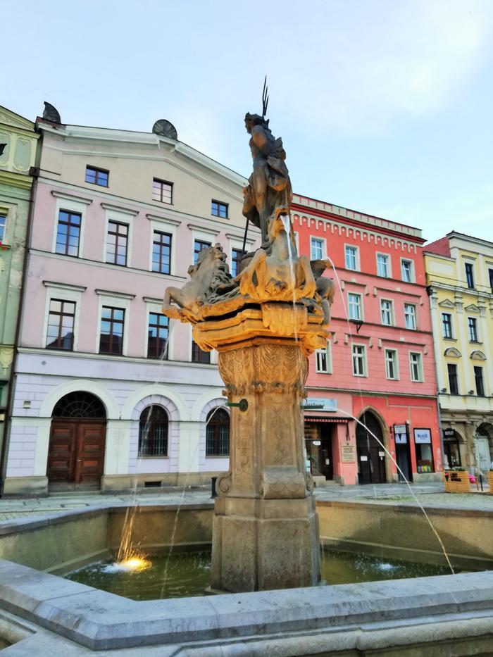 Pomnik Neptuna na rynku