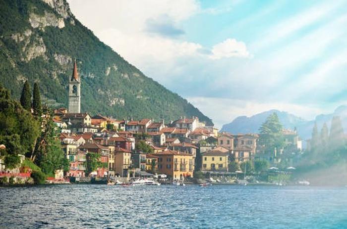 Varenna nad słynnym włoskim jeziorem Como