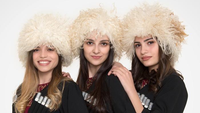 Dziewczyny z zespołu Trio Mandili