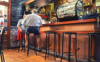 Tapas bar w Hiszpanii/zdjęcie ilustracyjne