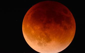 Pełnia Kwiatowego Księżyca