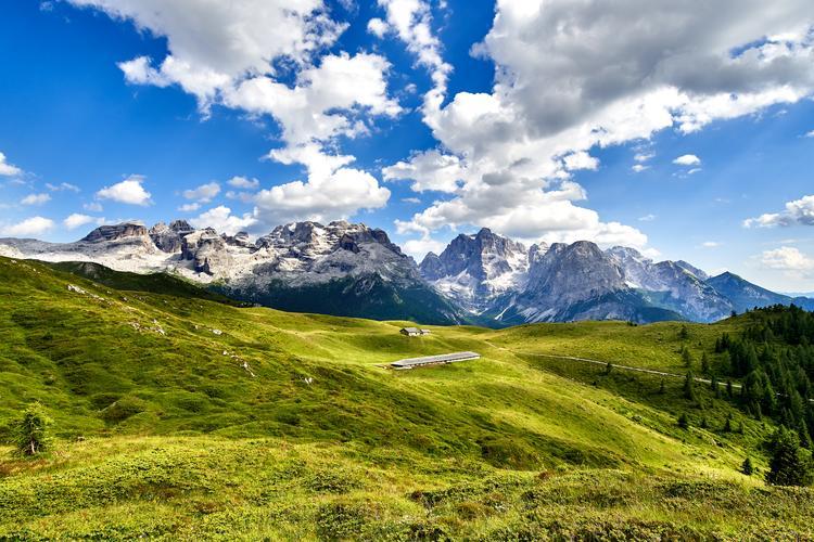 Madonna di Campiglio - urokliwe miasteczko nazywane jest perłą Dolomitów