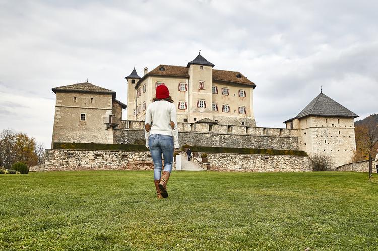 Zamek Thun, to najprawdopodobniej najbardziej znany zamek w Trentino