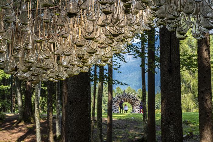Arte Sella - olbrzymia wystawa pod gołym niebem, w gminie Borgo Valsugana