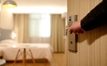 pokój hotelowy/ zdjęcie ilustracyjne